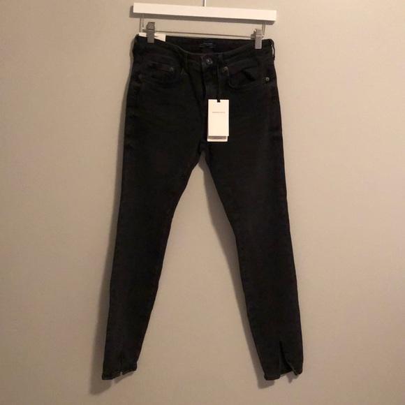 NWT Zara Black Skinny Jeans with Slit at Hem
